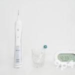 4月のベストバイ ― ブラウンの電動歯ブラシとコールマンのレジャーシート